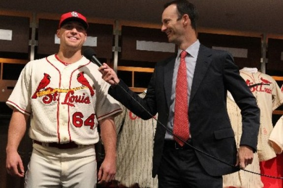 2013 Alt Cardinals uniform