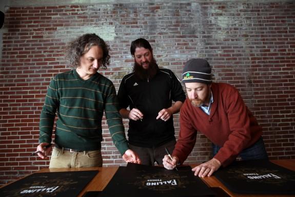 band signing
