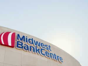 Midwest BankCentre signage on front of building