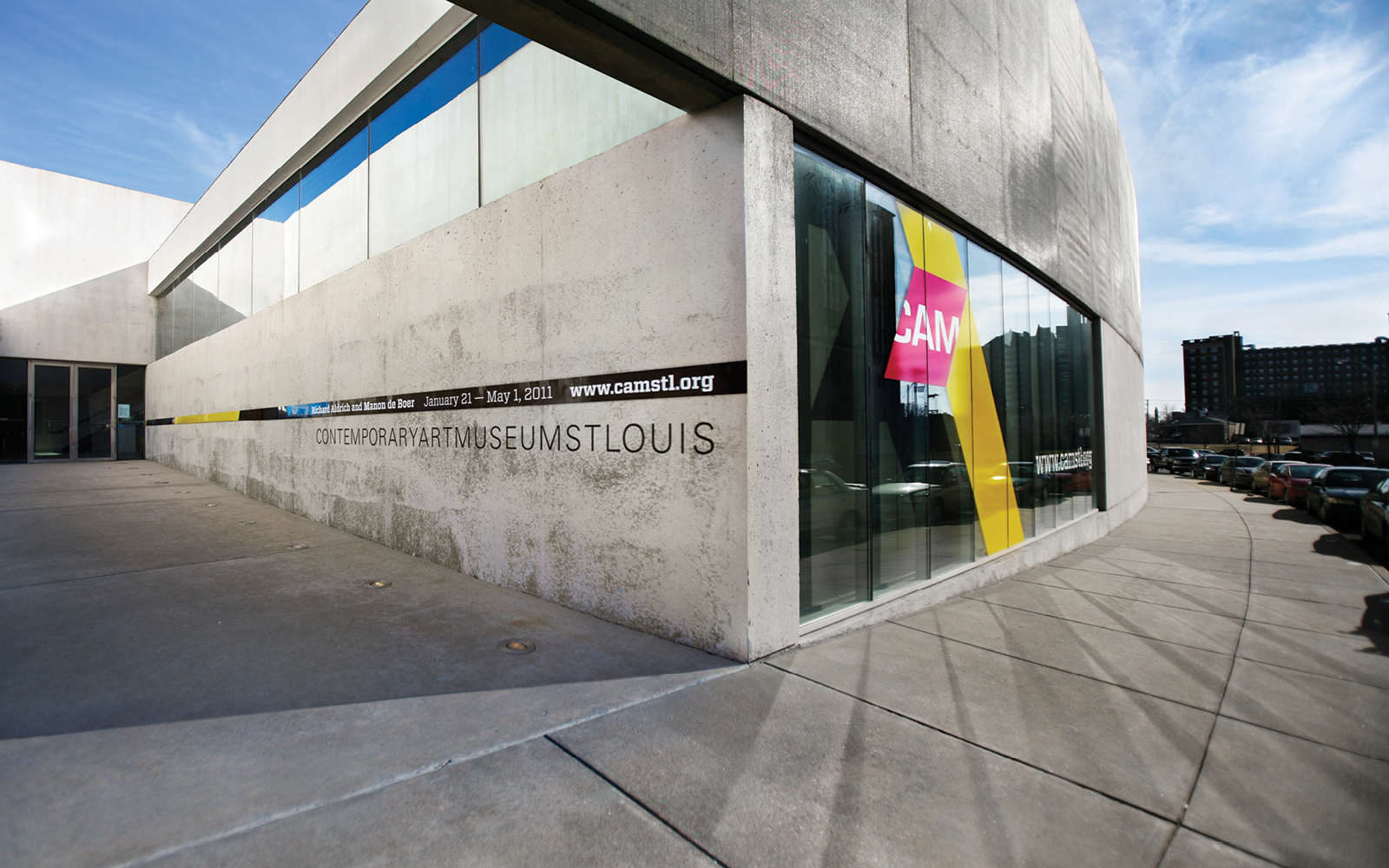 Photo of front of Contemporary Art Museum St. Louis building