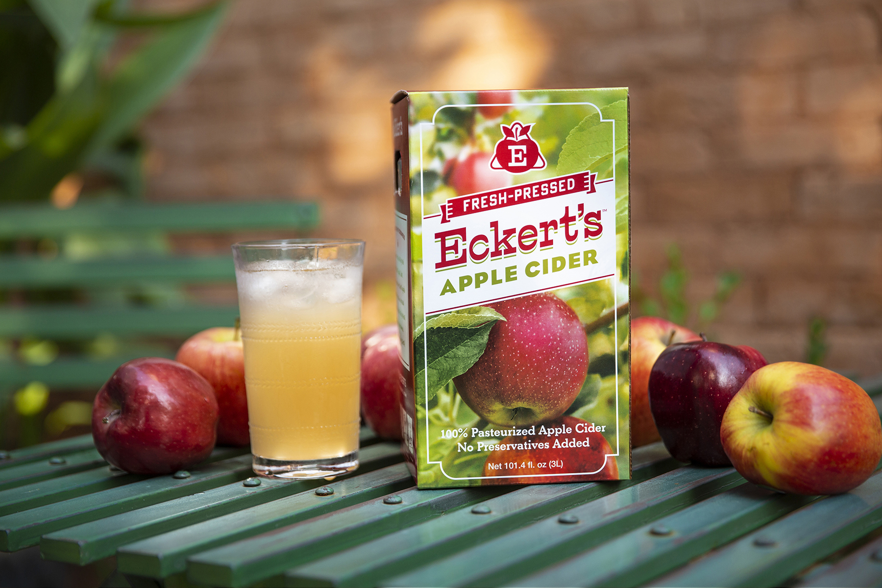 Branded apple cider packaging for Eckert's Farms
